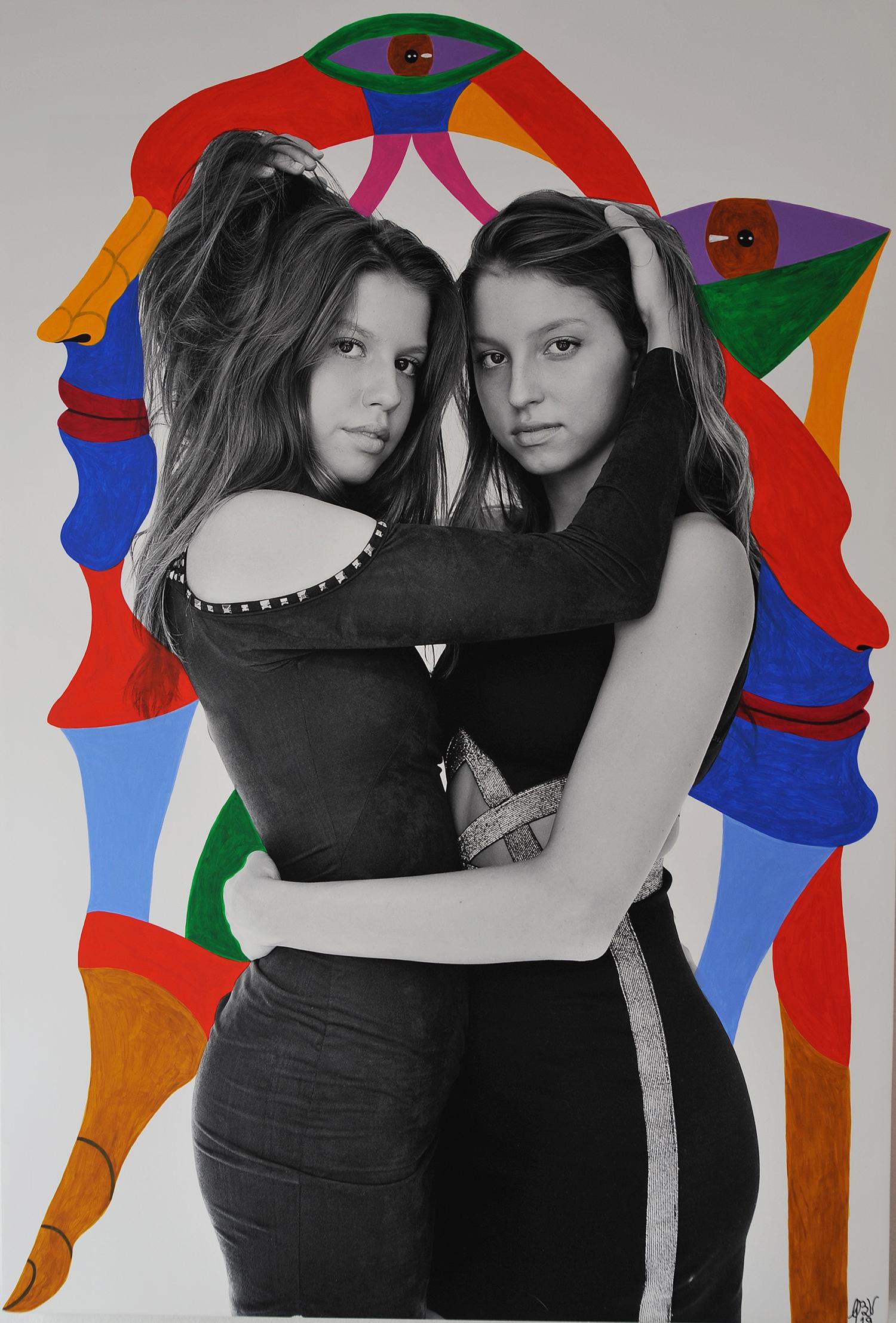 Fernanda e Carolina Nygaard - Obra Britto Velho - Foto Lisette Guerra