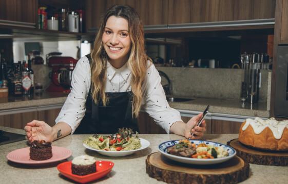 Quadro Comendo com os Olhos, do programa Destemperados na TV, apresenta dicas de como tirar boas fotos de comida com o celular